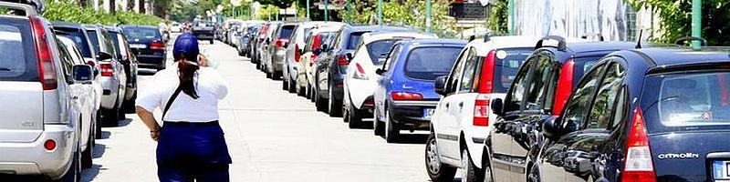 Parcheggiare sulla strada parco: un sondaggio sulla mobilità